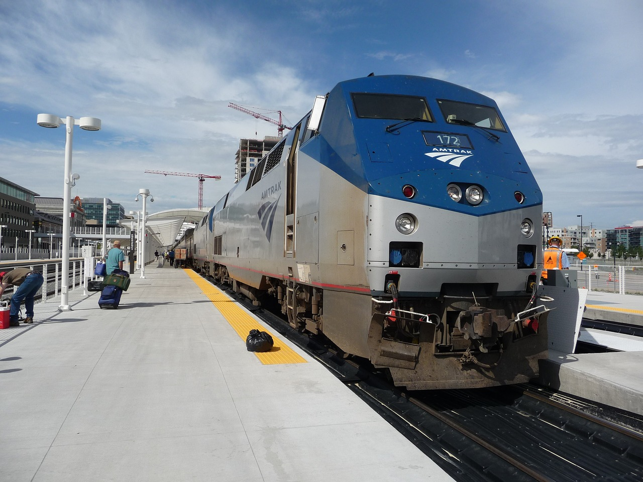 Amtrak Wants to Lure People out of Their Cars and Onto Trains